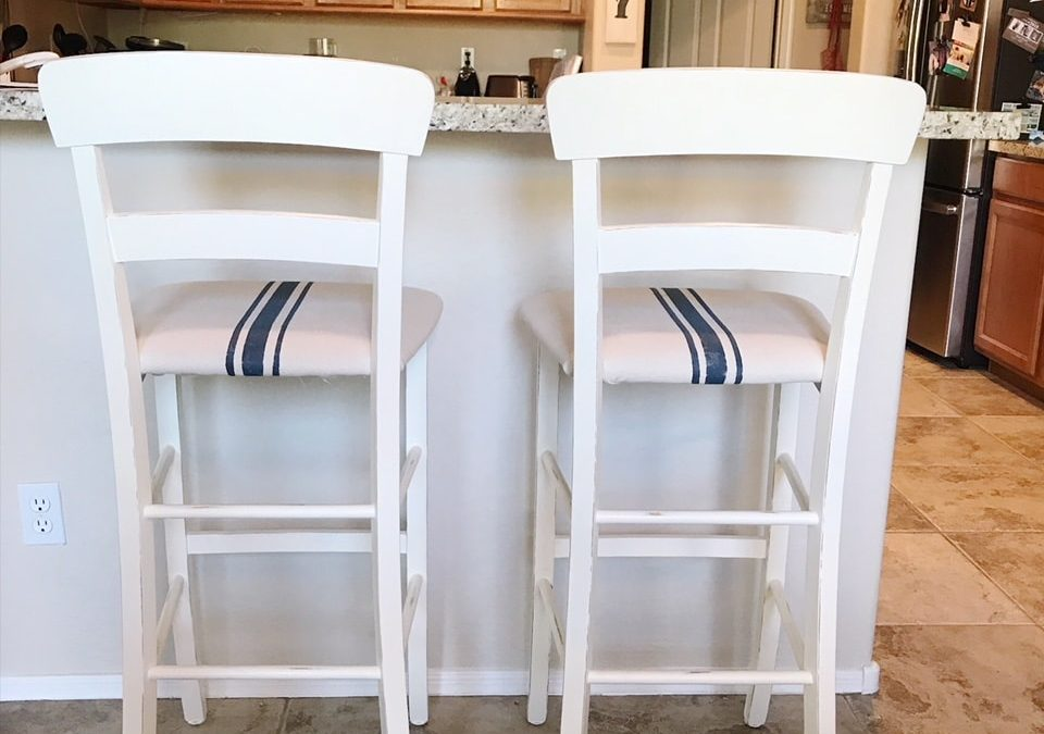 Bar Stools: How to go from Boring to Farmhouse Favorite!